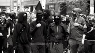 blackblocG20_Black_Bloc_by_emerica84